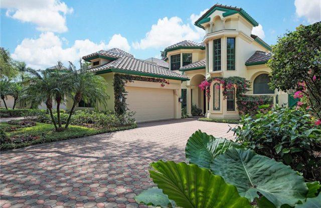 Bay Colony Vizcaya Villas
